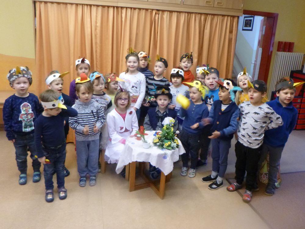 Vogelhochzeit im Kindergarten