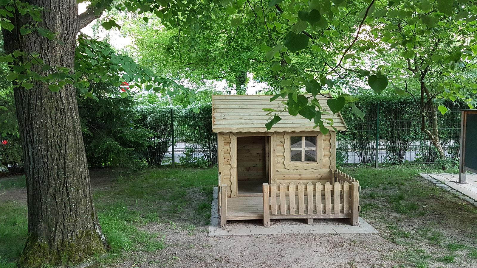 Holzgartenhaus 2